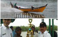 Sekda Inhil Lepas Lomba Pacu Pompong Nelayan Desa Kuala Patah Parang