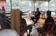 Semakin Kebanjiran Pesanan atau Orderan, Terutama Sapu Lantai dan Pot Tanaman Vanili