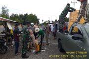 Cegah Corona, TNI-Polri Semprot Cairan Disinfektan dan Bagi-Bagi Desinfektan