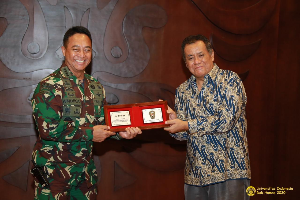 *Kepala Staf Angkatan Darat dan Rektor Universitas Indonesia Tanda Tangani Perjanjian Kerja sama Program Pasca Sarjana dan Pelibatan Mahasiswa UI dalam Kegiatan TNI Manunggal Membangun Desa (TMMD)*