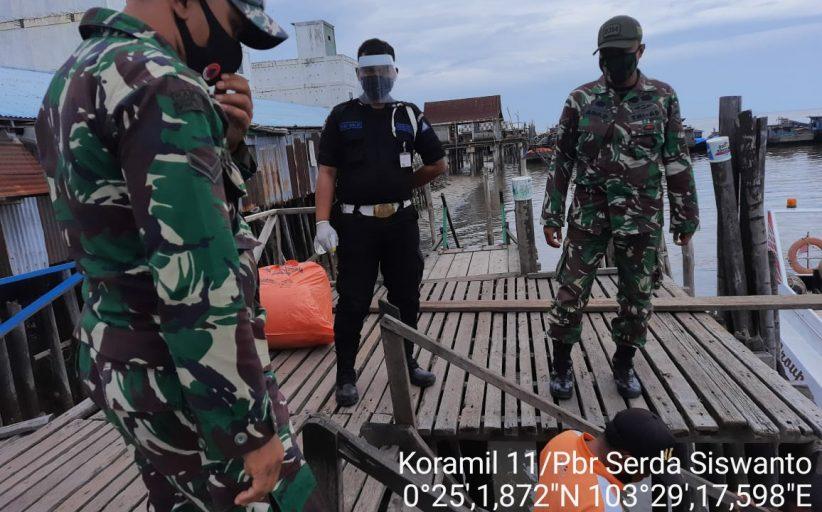 Danramil 11 Pulau Burung: Protokol Kesehatan Konsisten Diterapkan di Pelabuhan