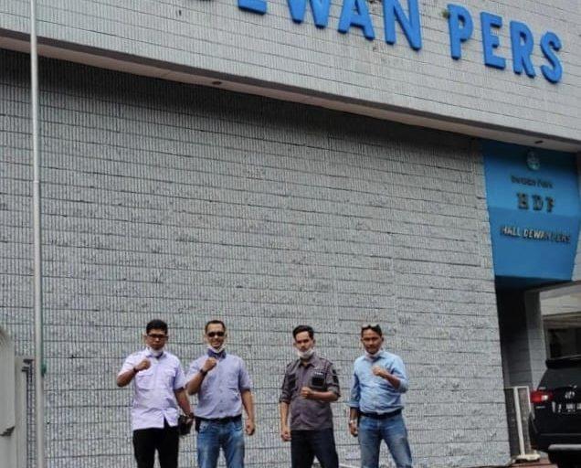 Sinergitas FKWI dan JMSI Inhil Kunjungi Dewan Pers