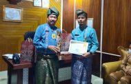 Banggakan Inhil di Tingkat Riau, Kadisdik Beri Penghargaan dan bingkisan Bagi Guru dan Kepsek Hebat